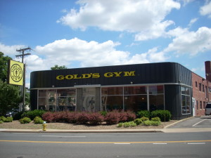 Gold's_Gym,_3910_Wilson_Blvd_(Arlington,_Virginia)