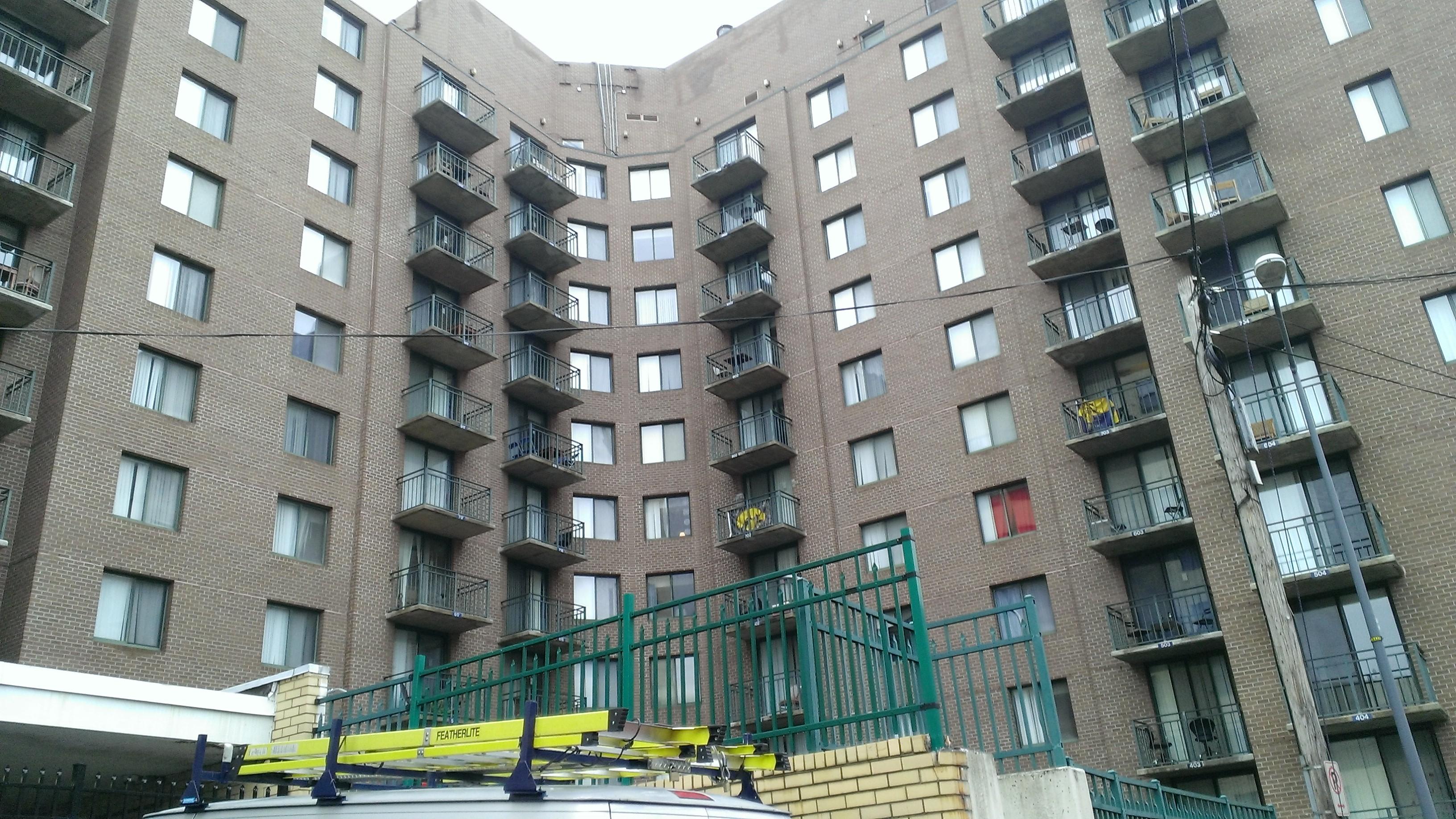 City_Hall_Apartment_Complex,_Snows_Court,_Washington_DC